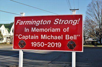 Farmington Sign